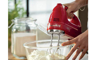 Pro whisk for airy results