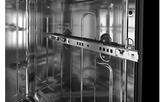SatinGlide® Max Rails in Third and Middle Racks