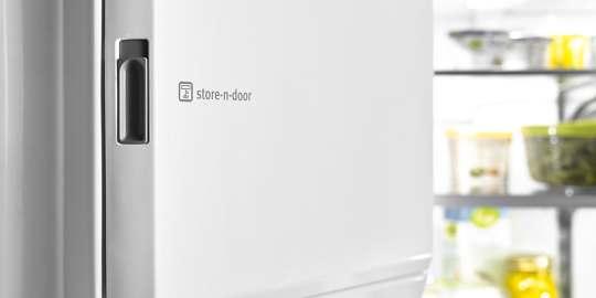 Store-N-Door® Ice Dispensing System