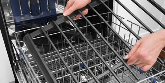Dishwasher-Safe Full-Width, Cast-Iron Grates