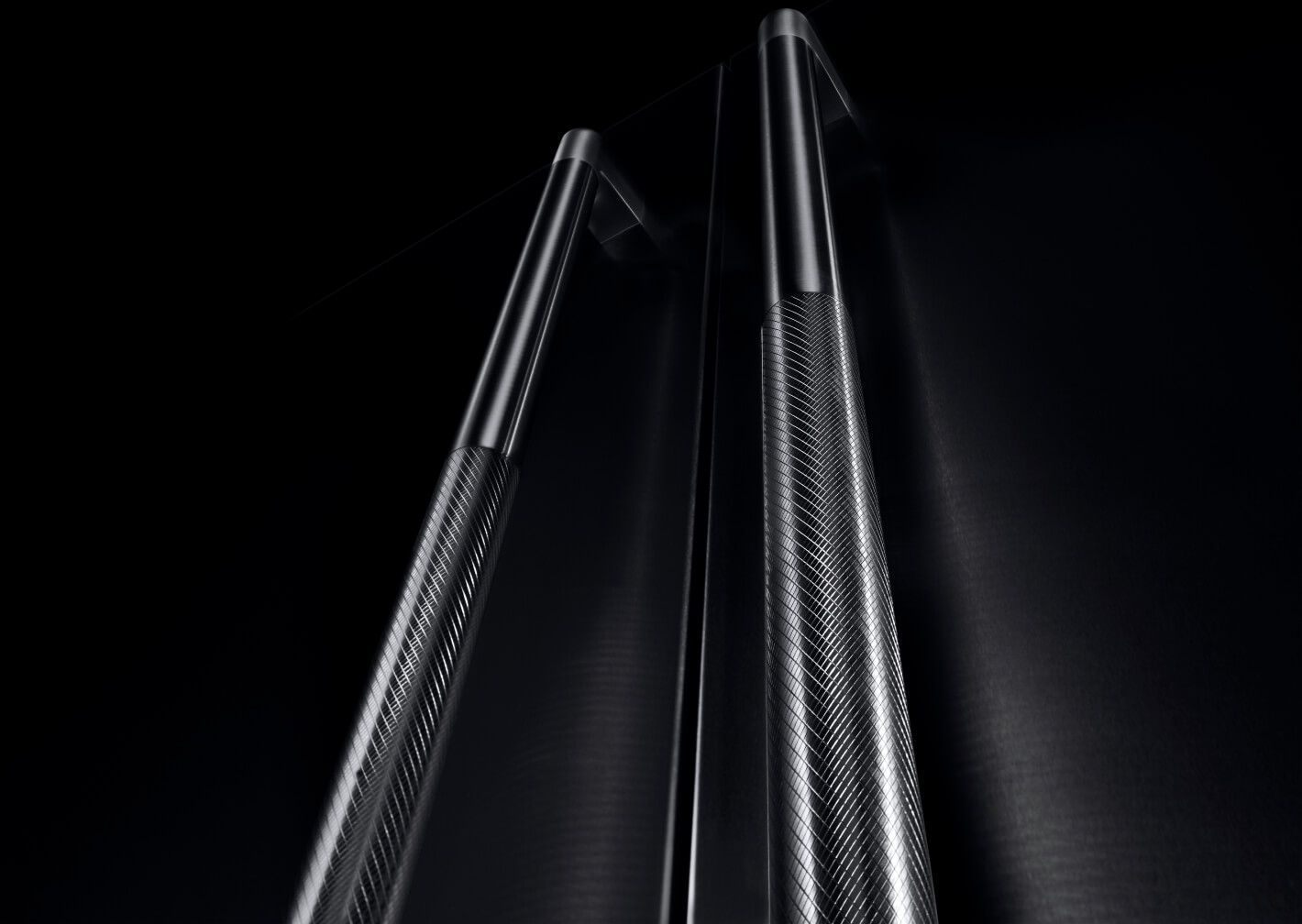 A close up of the handles on a RISE™ Design column pair.