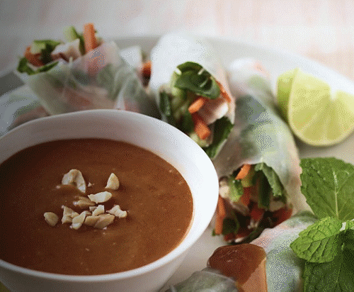 Bowl of delicious-looking soup.