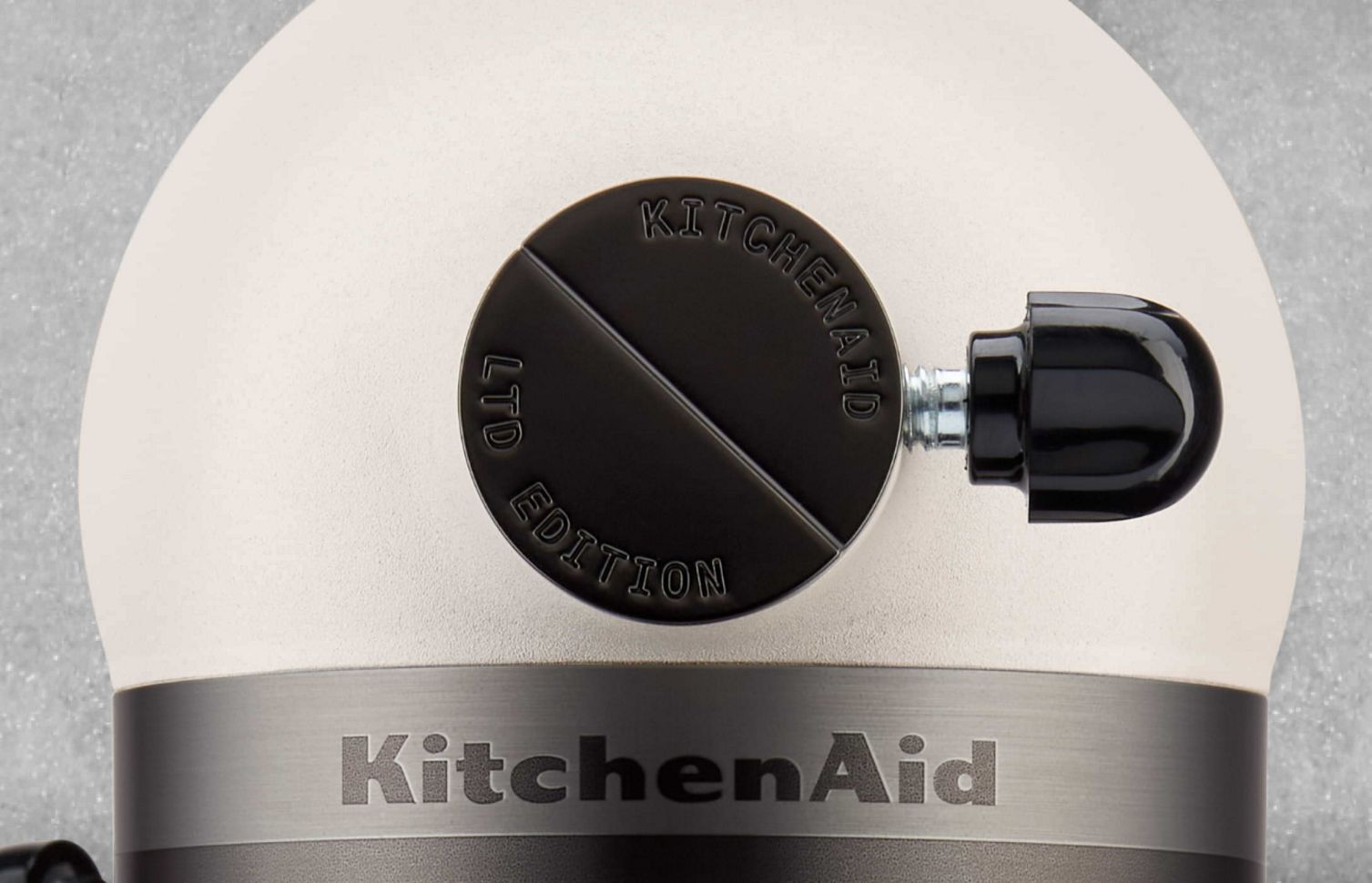 A closeup of the Limited Edition Stand Mixer, focusing on the hub cover.