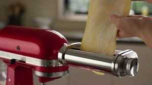 kitchenaid-2016-KSMPRA-PSA-PCA_HowTo_RollingandCutting-vid