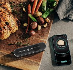 Yummly® Smart Meat Thermometer with Bluetooth in Graphite.