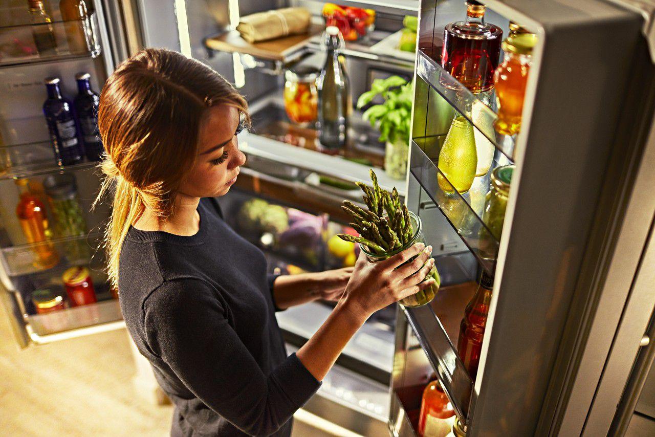 Versatile freestanding and counter-depth refrigerators from KitchenAid.