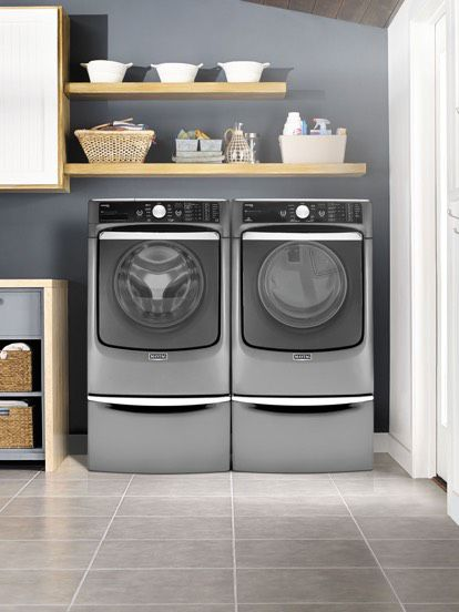 Maytag Laundry Machine
