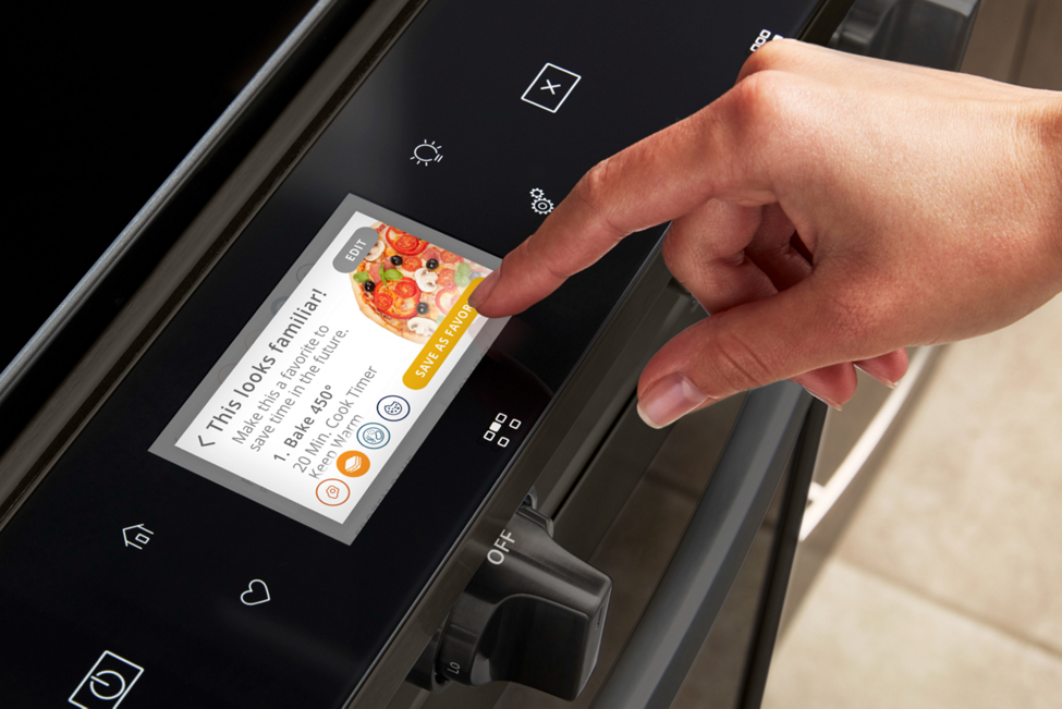 Control your smart oven by touchscreen