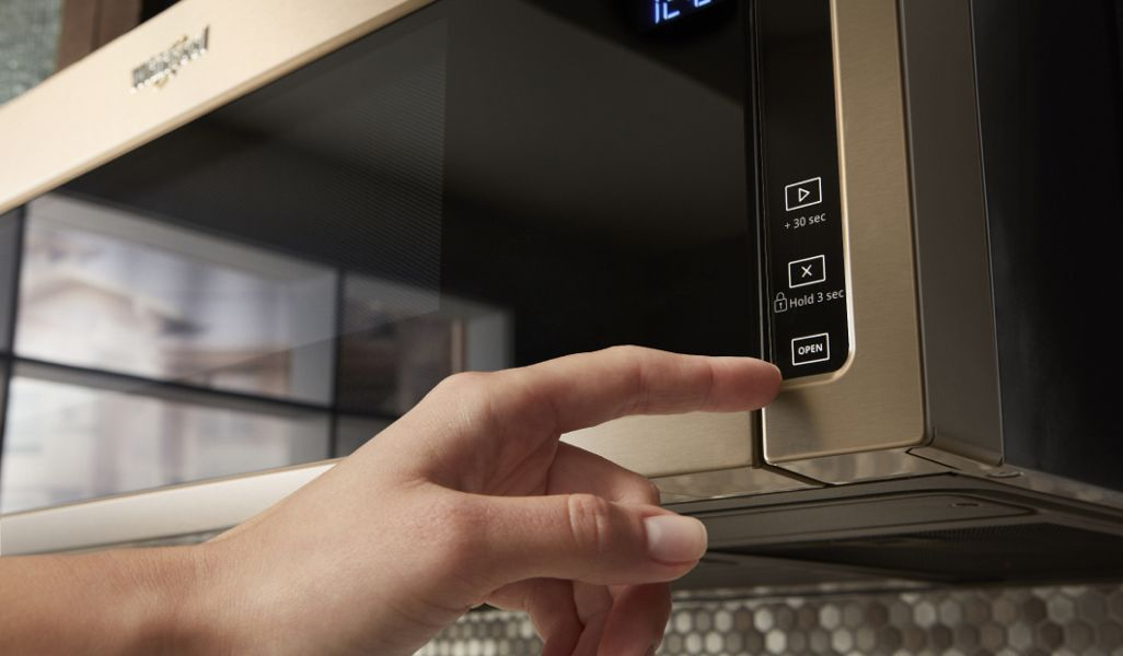 Discover new appliance finishes that bring form and function together in your home.