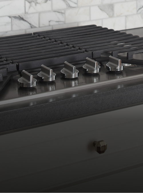 Discover the versatility of cooktop options from Whirlpool.