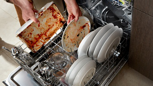 Discover the efficient cleaning power of dishwashers from Whirlpool.