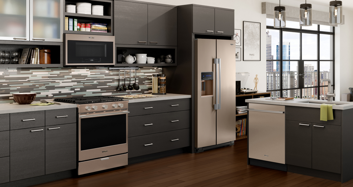 black appliances kitchen ideas kitchen whirlpool 16405