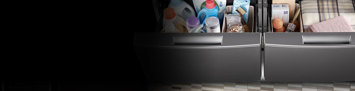 Extra comfort and storage with a Whirlpool® pedestal