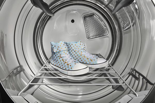 How to wash shoes in your washing machine