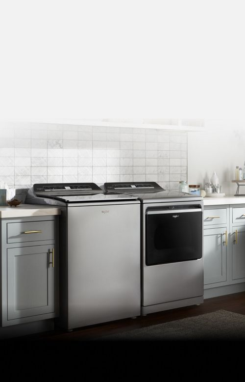 A Whirlpool® washer featuring the 2 in 1 Removable Agitator and matching dryer