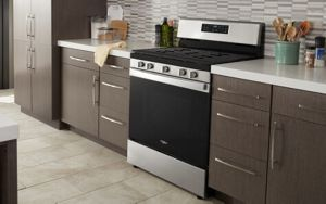 A clean Whirlpool® oven in a kitchen