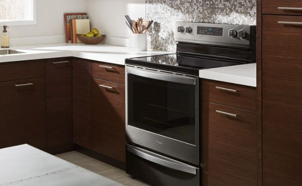 Whirlpool® oven range in a kitchen