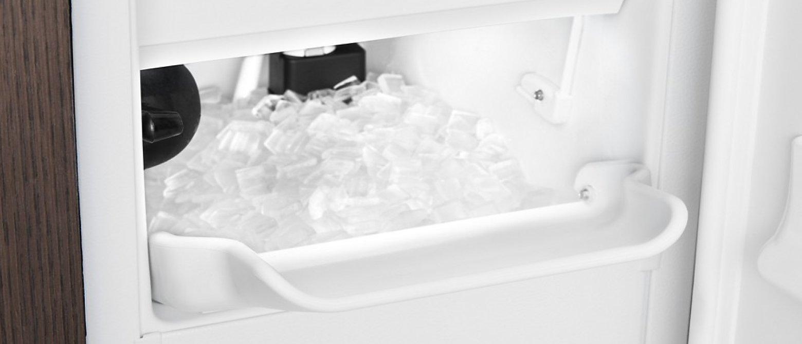 Full ice maker